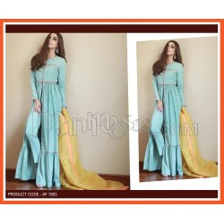 A CENTER SIT FULL LENGTH GOWN