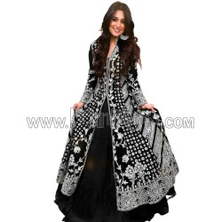 A BLACK GOWN WITH COTTI